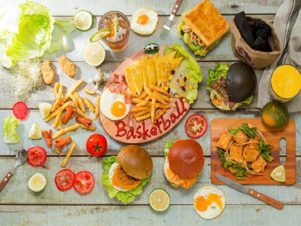 籃球風的貝司堡,用五色漢堡灌爆您的味蕾